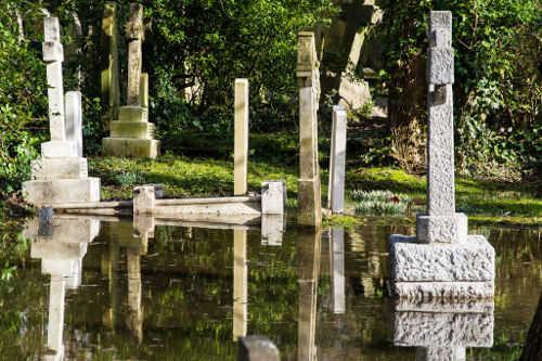 Flooding - Cimitero di Highgate - Londra